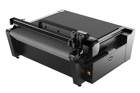 Photo machine pour découper les lettres des enseignes