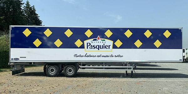 Photo Covering remorque camion entreprise Pasquier à Cholet par SV Graphic